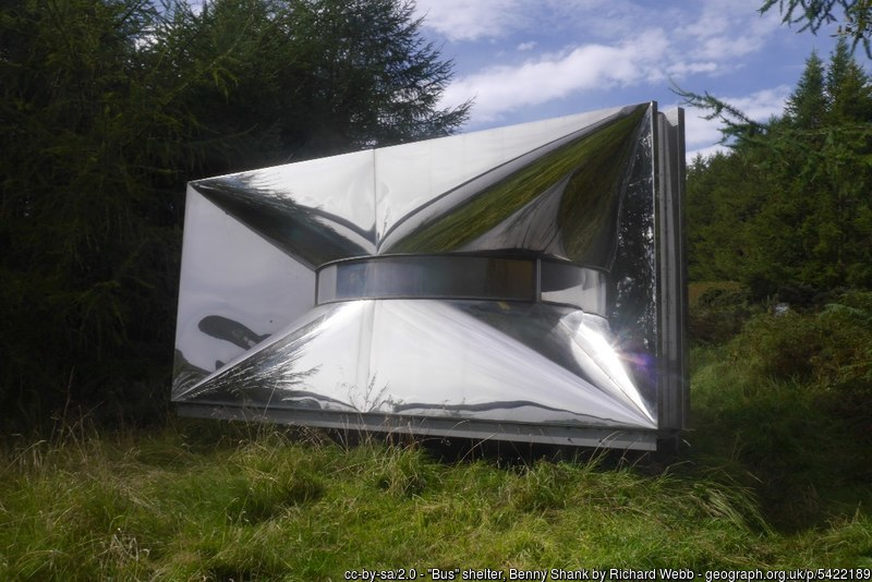 Benny Shank shelter: an exhibit on the sculpture trail which serves as a shelter - © Richard Webb vie Geograph (Creative Commons)